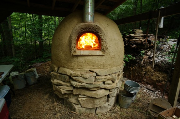 Cob oven, without finish plaster