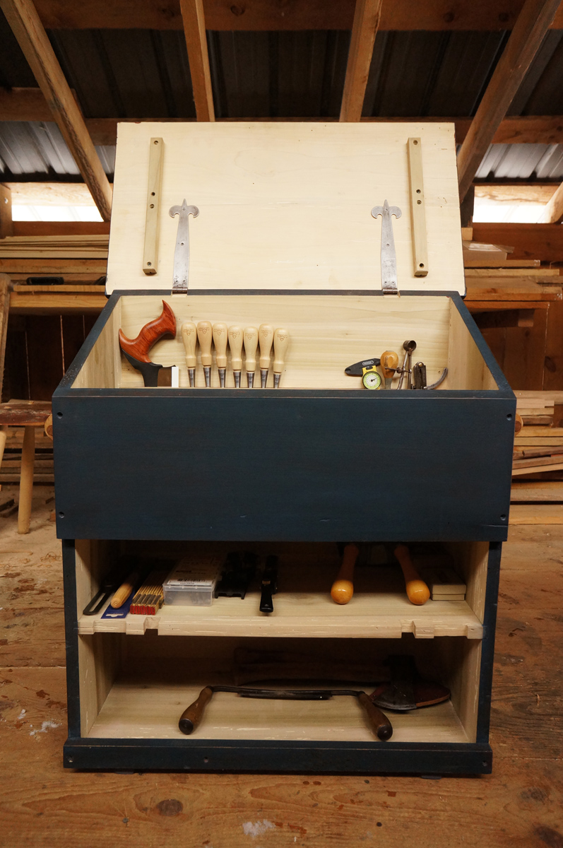 My Large Dutch Tool Chest Plans Design The Year Of Mud