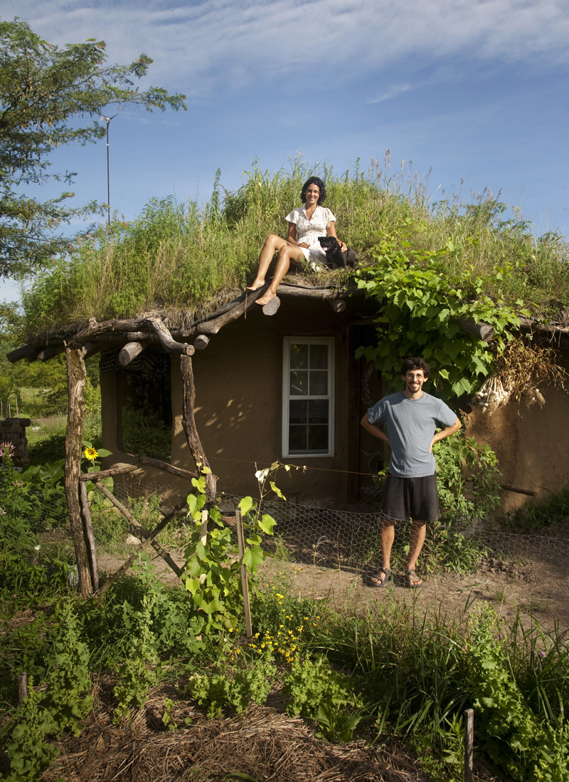 You can build this cob house for 3000 the year of mud for Home building contractor