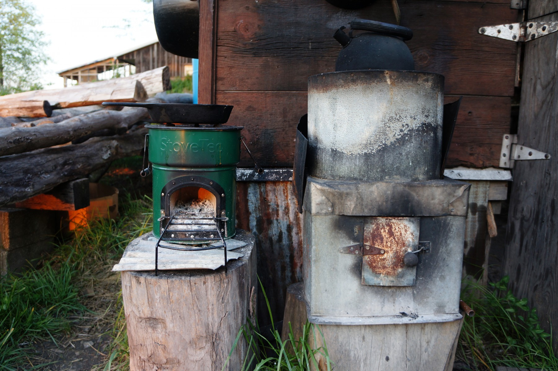 Stovetec rocket stove review portable wood fired cook stoves for Diy cooking stove