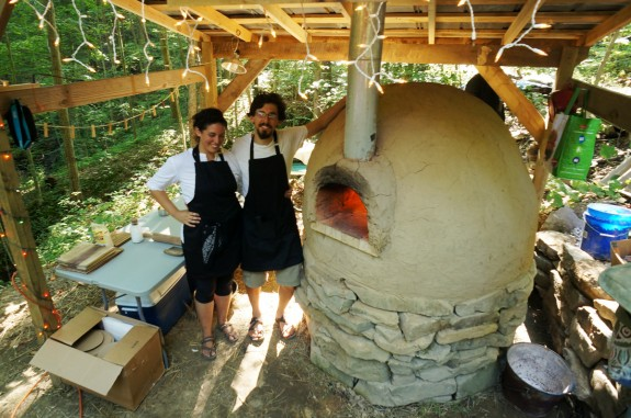 Build Your Own 20 Outdoor Cob Pizza Oven The Year Of Mud